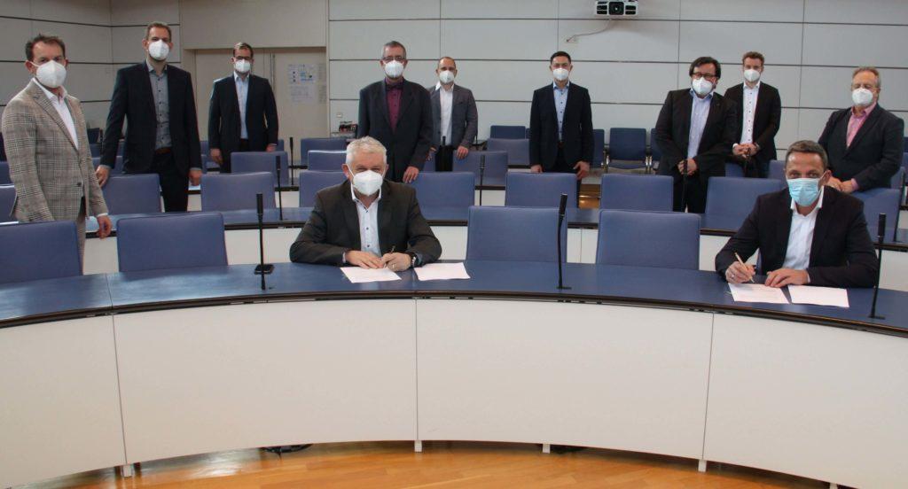 Unterzeichnung Bauvertrag, Netze BW